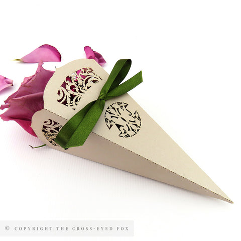 English Country Garden Confetti Cones