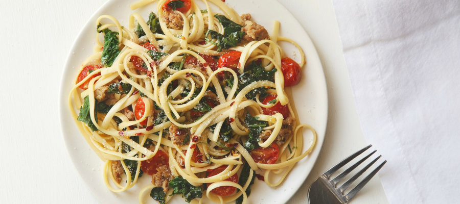 Top 5 Meal Kits Featuring Kale |  Linguine with Braised Kale