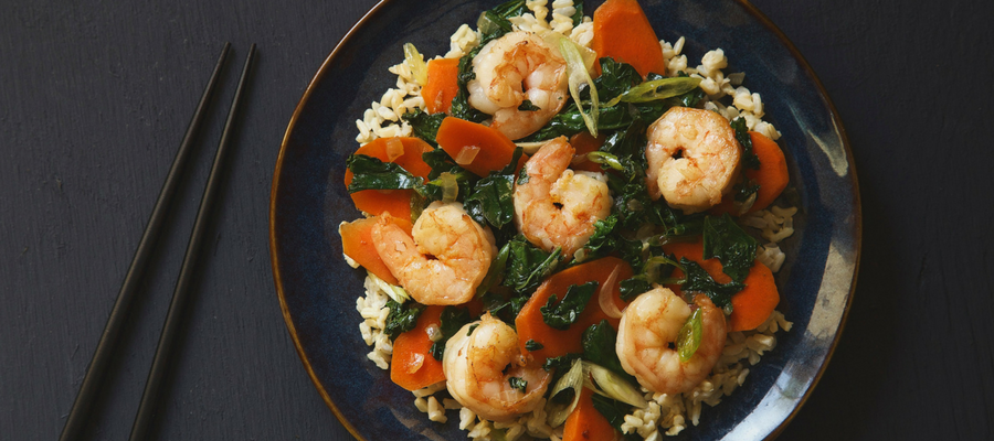 Top 5 Meal Kits Featuring Kale | Garlic Shrimp and Kale Stir-Fry