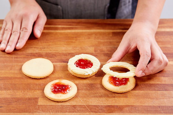 Strawberry Linzer Cookies