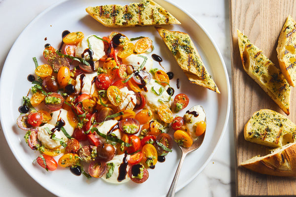 Caprese Salad with Grilled Bread