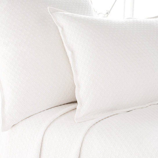 Pine Cone Hill Diamond Matelassé Coverlet in White