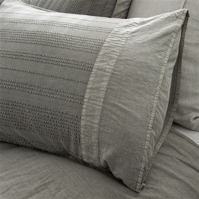 Pom Pom Quinn Shams in Grey