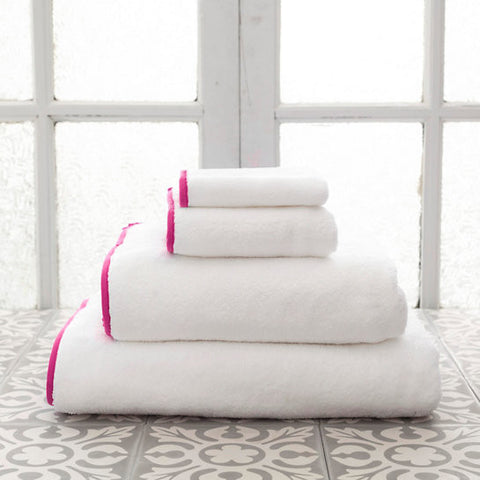 Pine Cone Hill Signature Banded Towel in White/Fuchsia