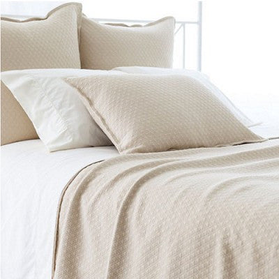 Pine Cone Hill Diamond Matelassé Coverlet in Sand