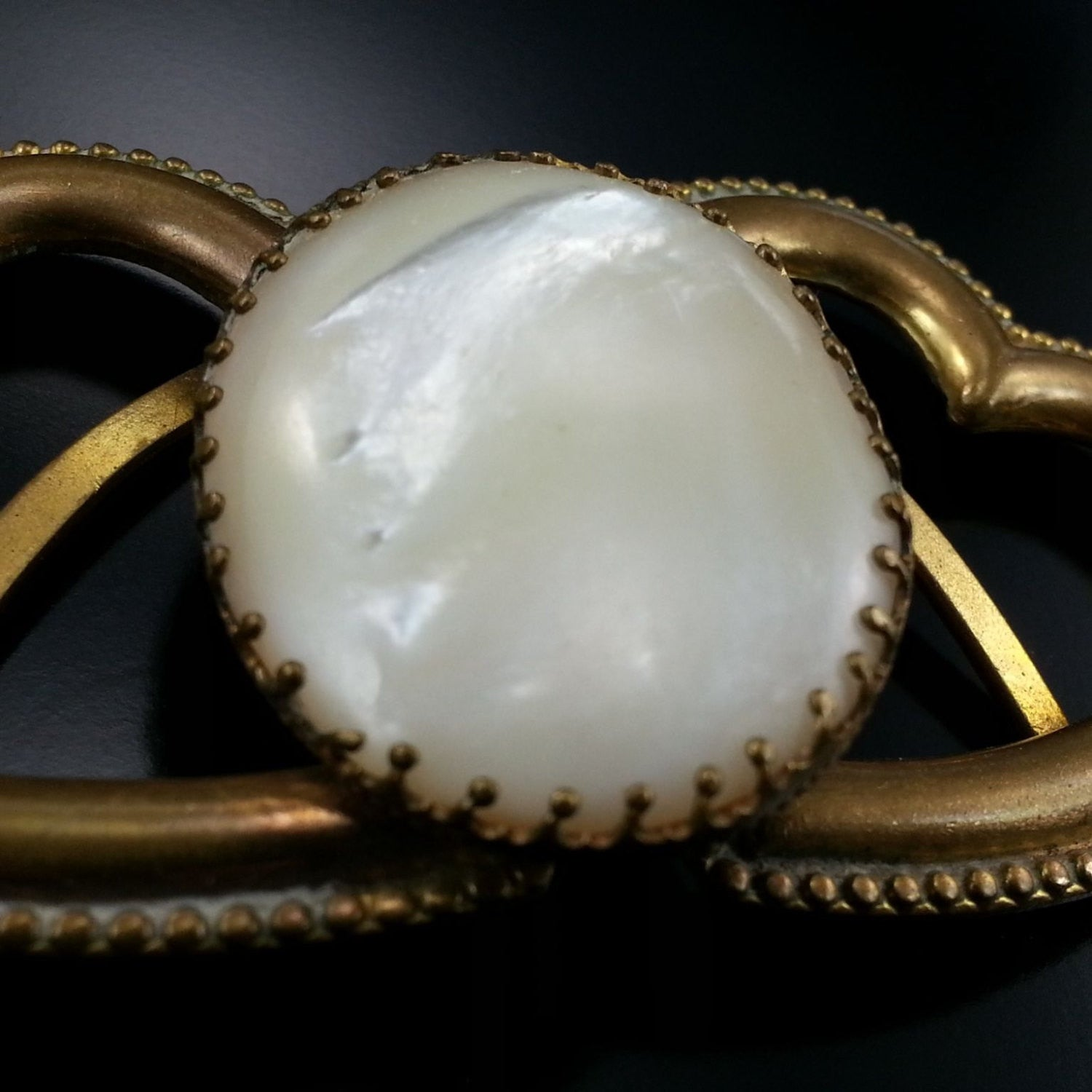 Vintage Mother Of Pearl Double Heart Duette Scarf Clip Estate Jewelry