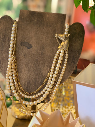 Bridled Horse & Pearls Necklace Np1424h