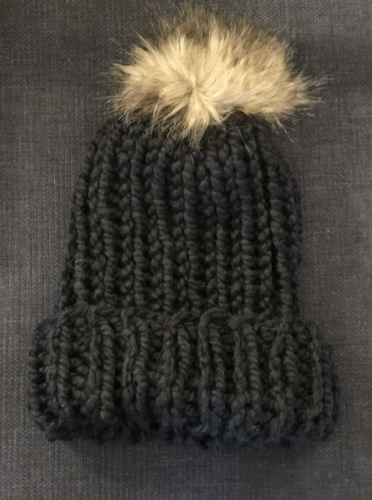 Fold-over Snowboarder Hat with Faux Fur Pom (Navy)