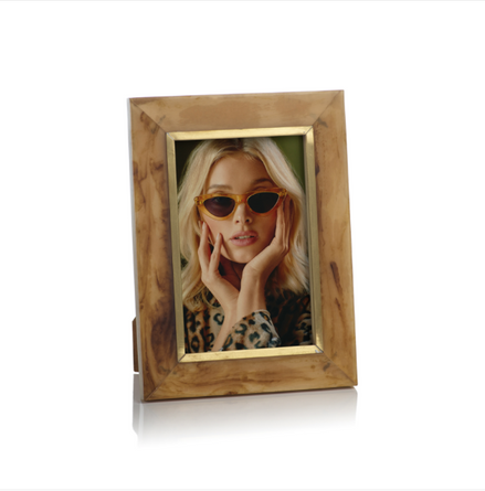 Horn Design Inlaid 4x6 Photo Frame with Brass Accent