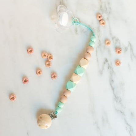 Pacifier Clip in Ivory Mint
