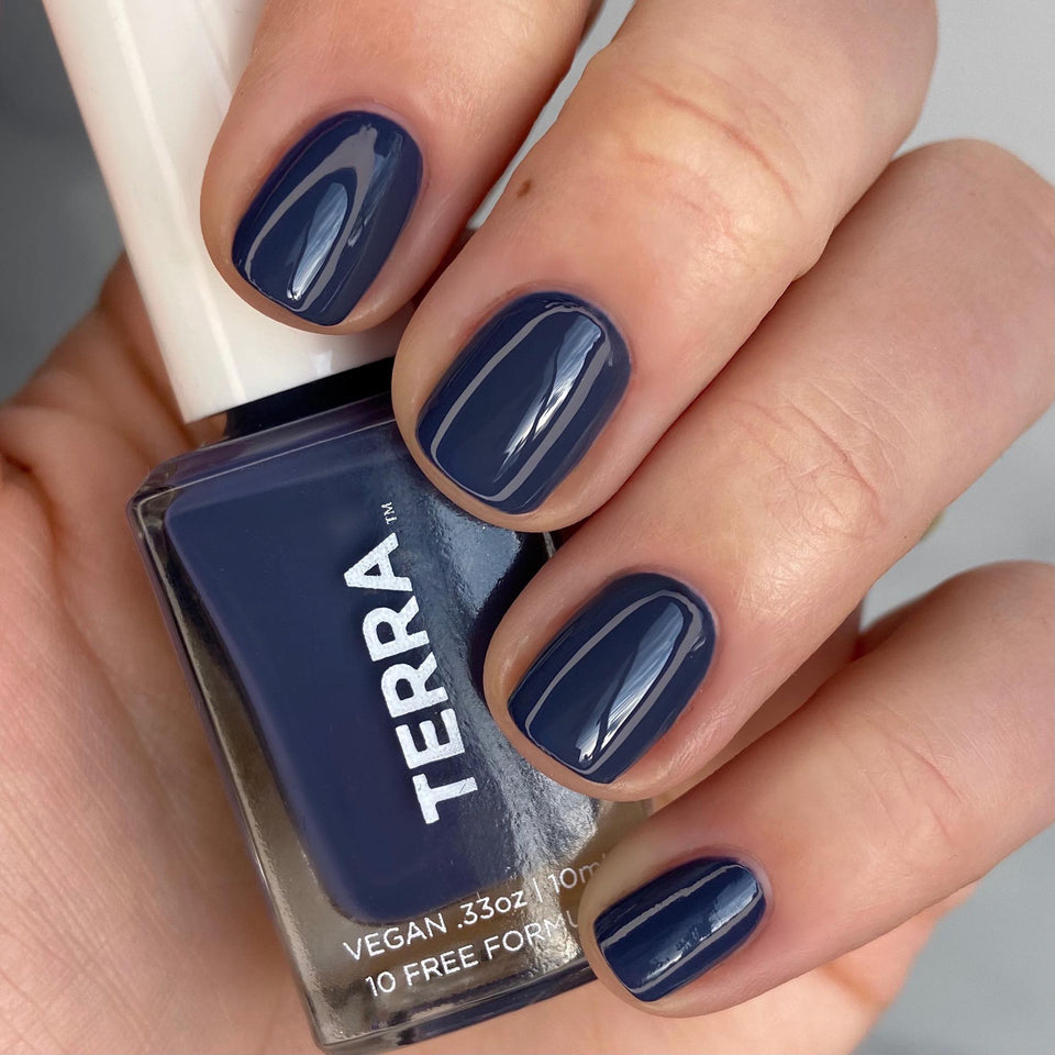Terra Nail Polish No. 33 Navy