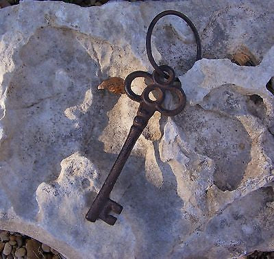 Cast Iron Skeleton Key  #114A
