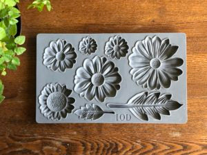 IOD Decor Mould He Loves Me by Iron Orchid Designs