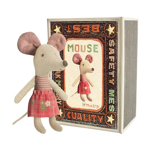 Little Sister Mouse in Box