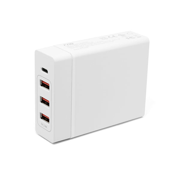 Smart Travel Charger with One Type-C Port 1