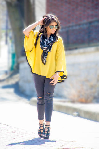 Yellow & Black Poncho - Trunk Up - 1