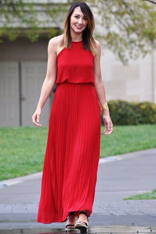 Pleated Red Maxi Trunk Up