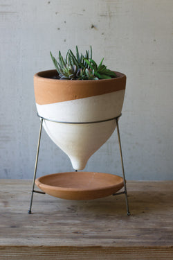 NATURAL & WHITE LARGE TERRACOTTA FUNNEL PLANTER W WIRE BASE