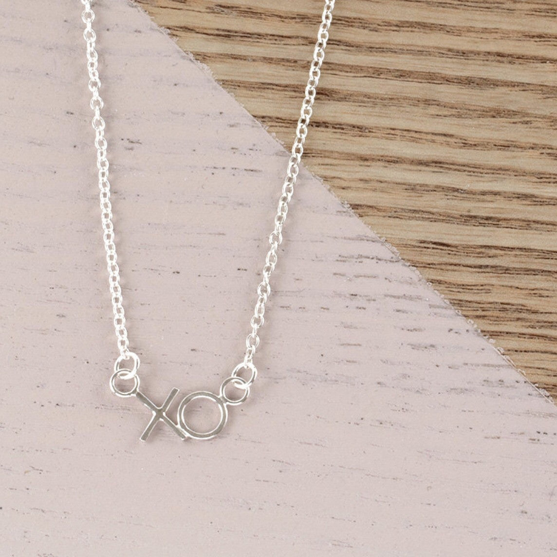 AYANA JEWELLERY MINI KISS + HUG NECKLACE - Daisy Chain Store