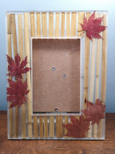 Bamboo picture frame with maple leaves
