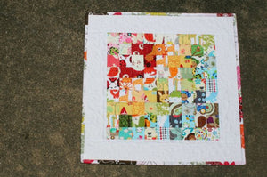 Postage Stamp Mini Quilt :: Easy Piecing Method
