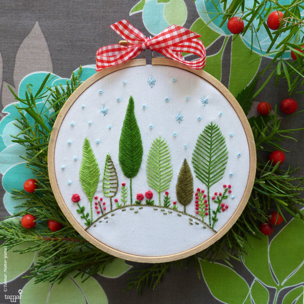 "Tamar Nahir Embroidery Kit - 4"" Christmas Forest Embroidery Kit - Snuggly Monkey"