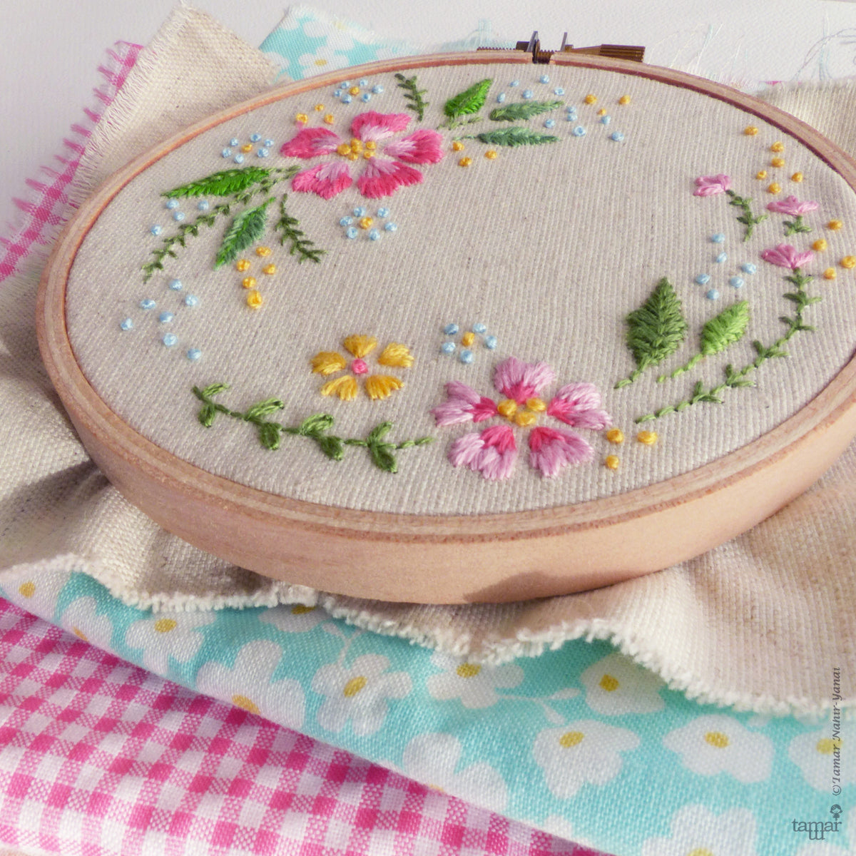 "Modern Embroidery Kit : 4"" Circle of Flowers by Tamar Nahir Embroidery Kit - Snuggly Monkey"