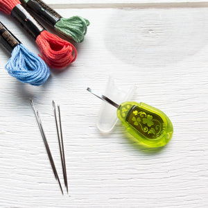 Embroidery Needle Threader
