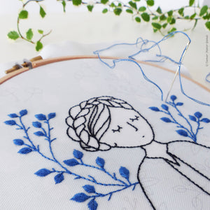 "Modern Embroidery Kit : 6"" Dreamy Lady by Tamar Nahir"