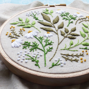 "Embroidery Kit : 4"" Green Leaves by Tamar Nahir Embroidery Kit - Snuggly Monkey"