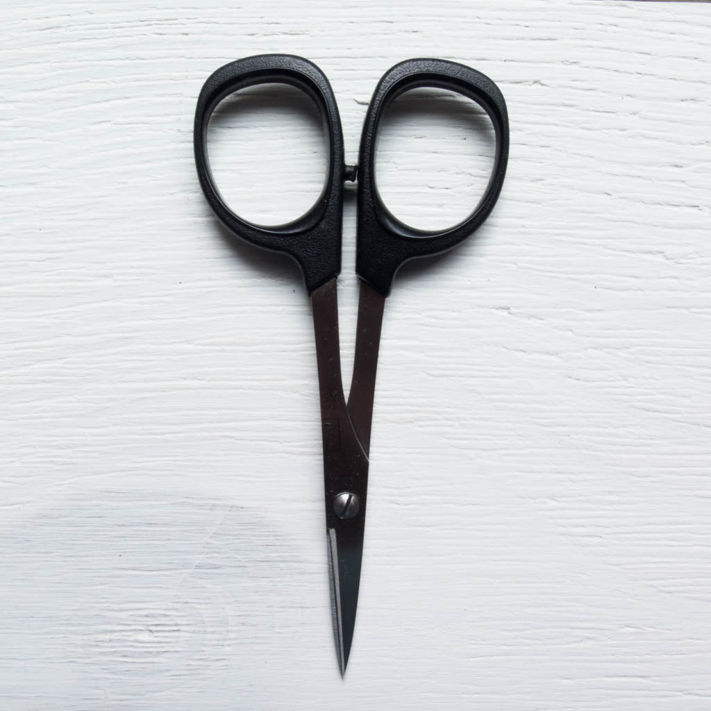 "Kai 4"" Needlecraft Scissors Scissors - Snuggly Monkey"