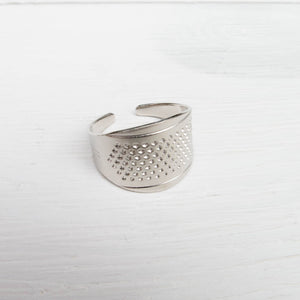 Clover Adjustable Ring Thimble Thimble - Snuggly Monkey