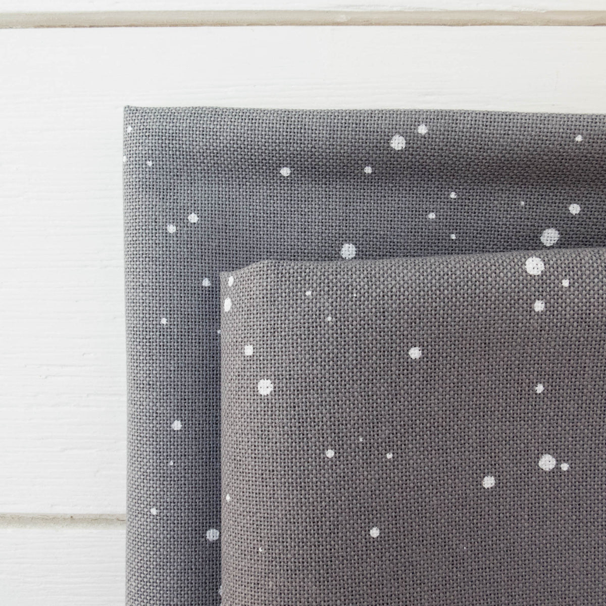 Lugana 32 ct - Basalt Splash Fabric - Snuggly Monkey