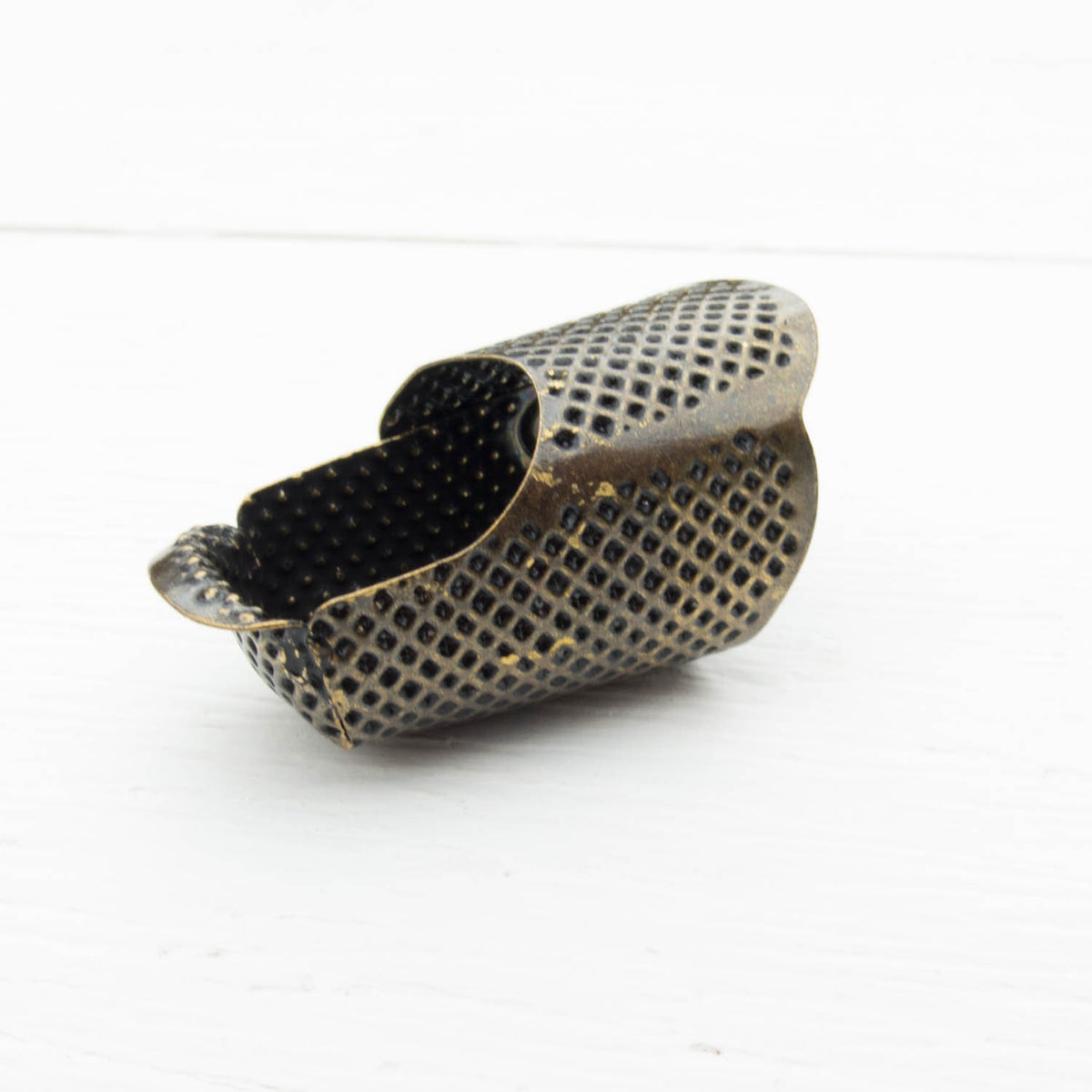 Little House Tortoise Shell Metal Thimble Thimble - Snuggly Monkey