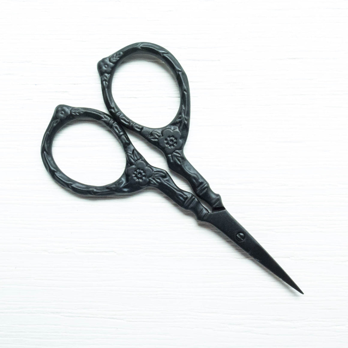 Black Matte Tudor Rose Embroidery Scissors Scissors - Snuggly Monkey
