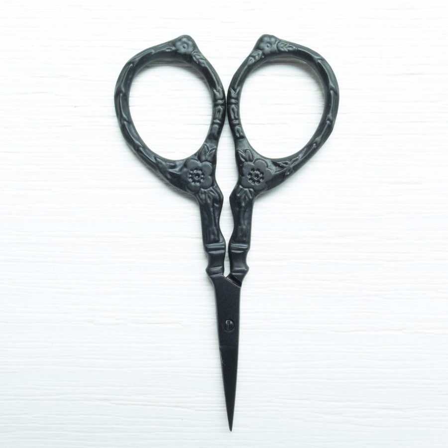 Black Matte Tudor Rose Embroidery Scissors