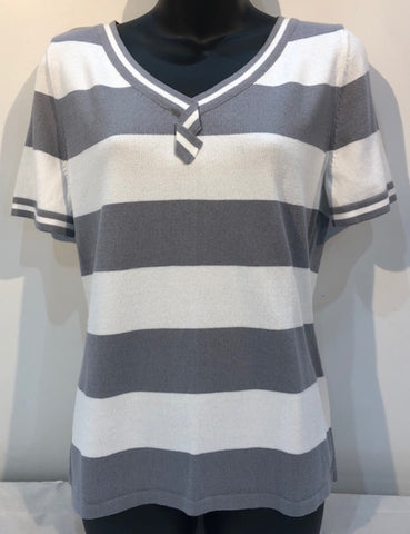 Wide Stripe V Neck Tee - Pewter/White