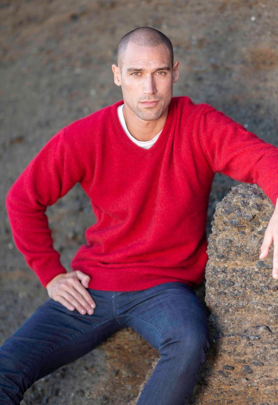 Mens Possum V Neck Jumper - Red
