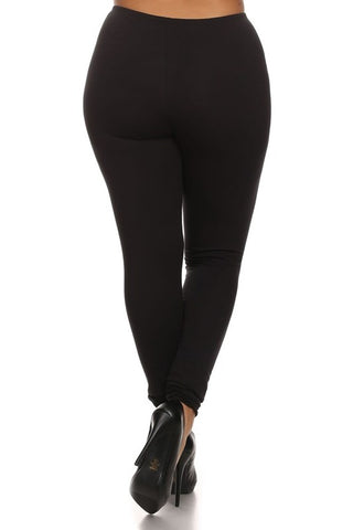back-view-black-plus-leggings