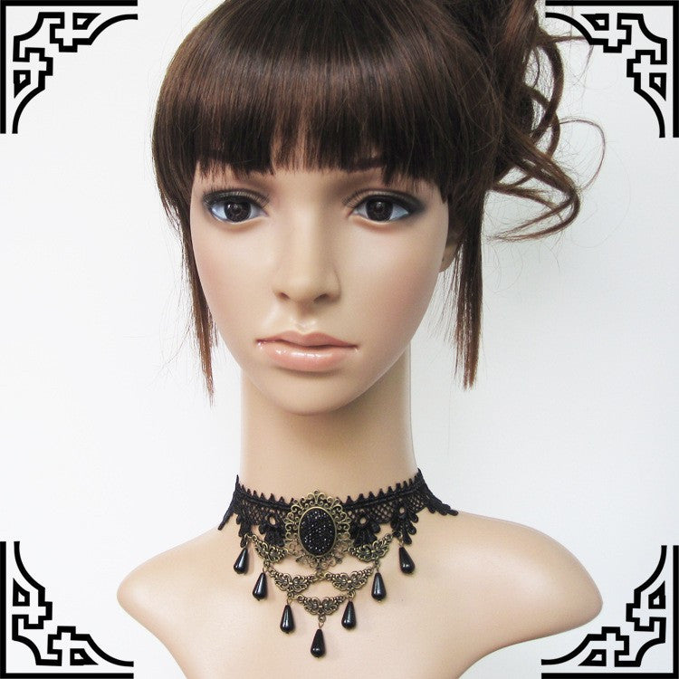 GY008 Decadent Chandelier Choker