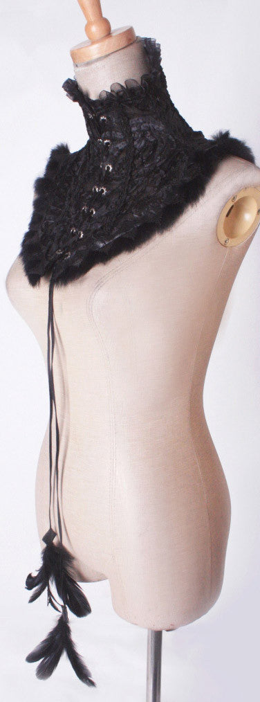 S-126 Lace and Fur Neck Corset