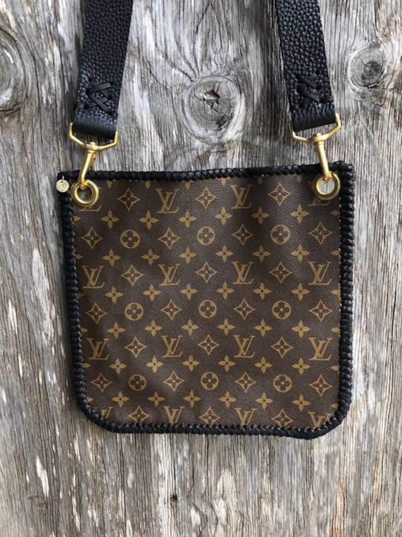 Large Louis Vuitton Envelope Purse Black