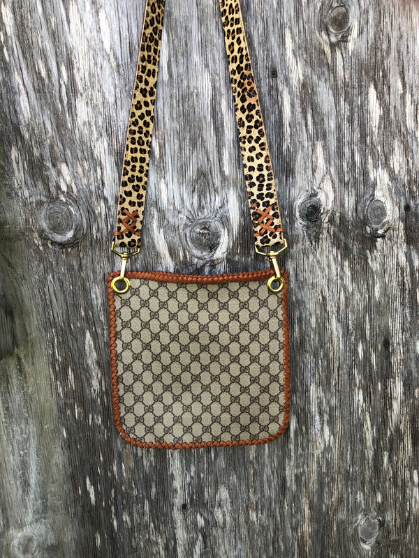 Large Gucci envelope purse