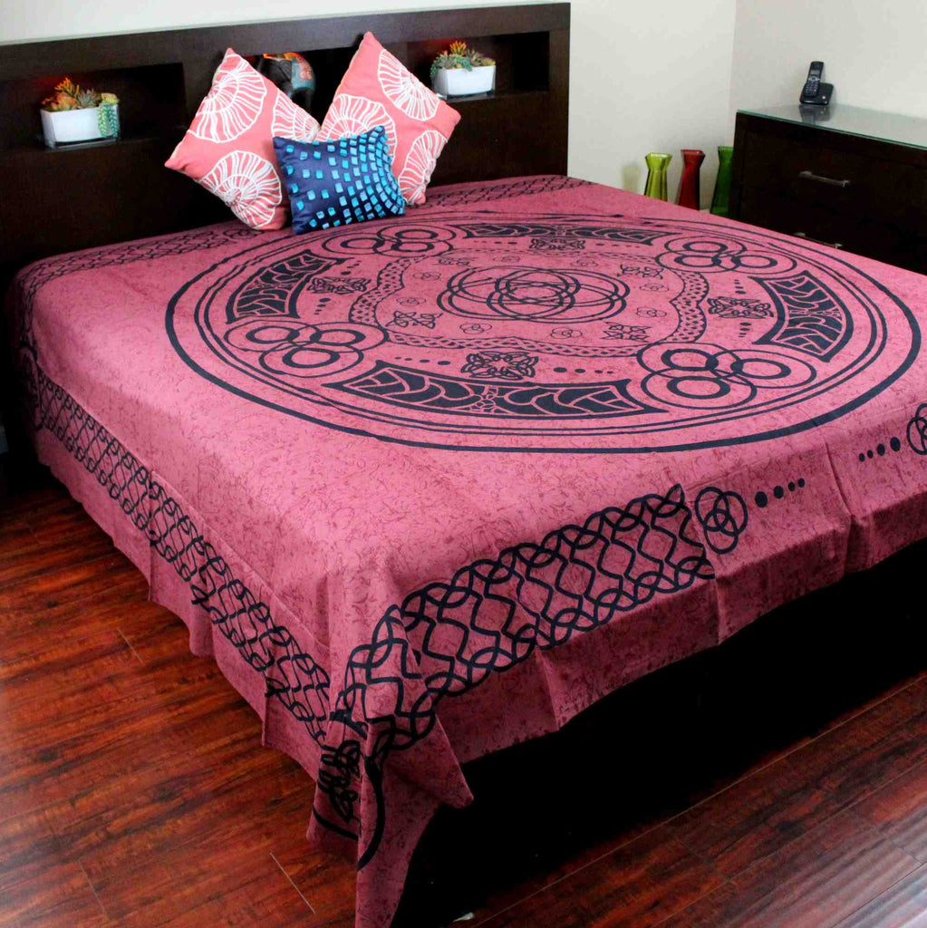 Celtic Tapestry Circle Cotton Spread Dorm Throw Beach Sheet Burgundy 88 x 104