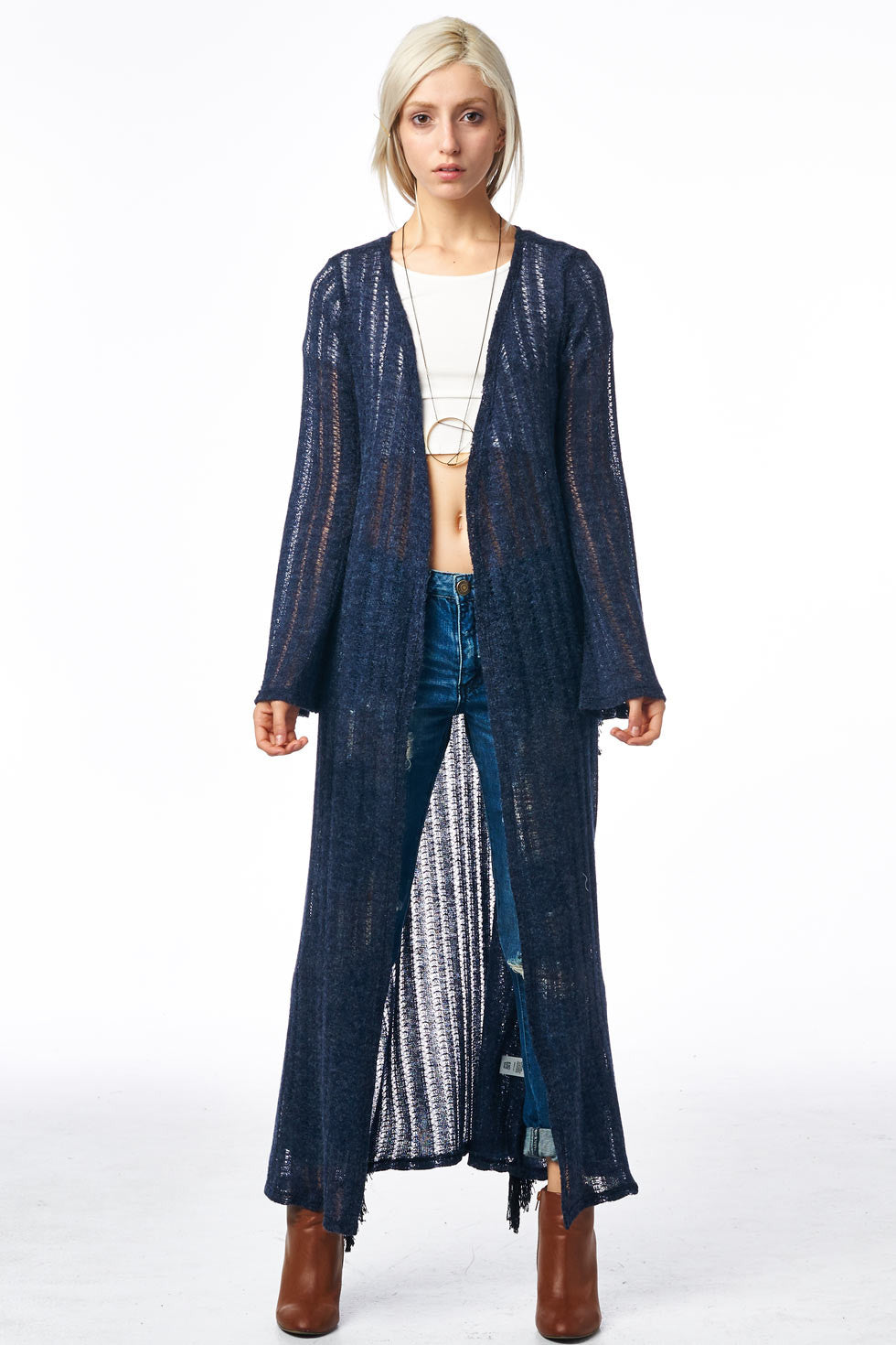 How To Wear A Long Cardigan to suit your denims and tops