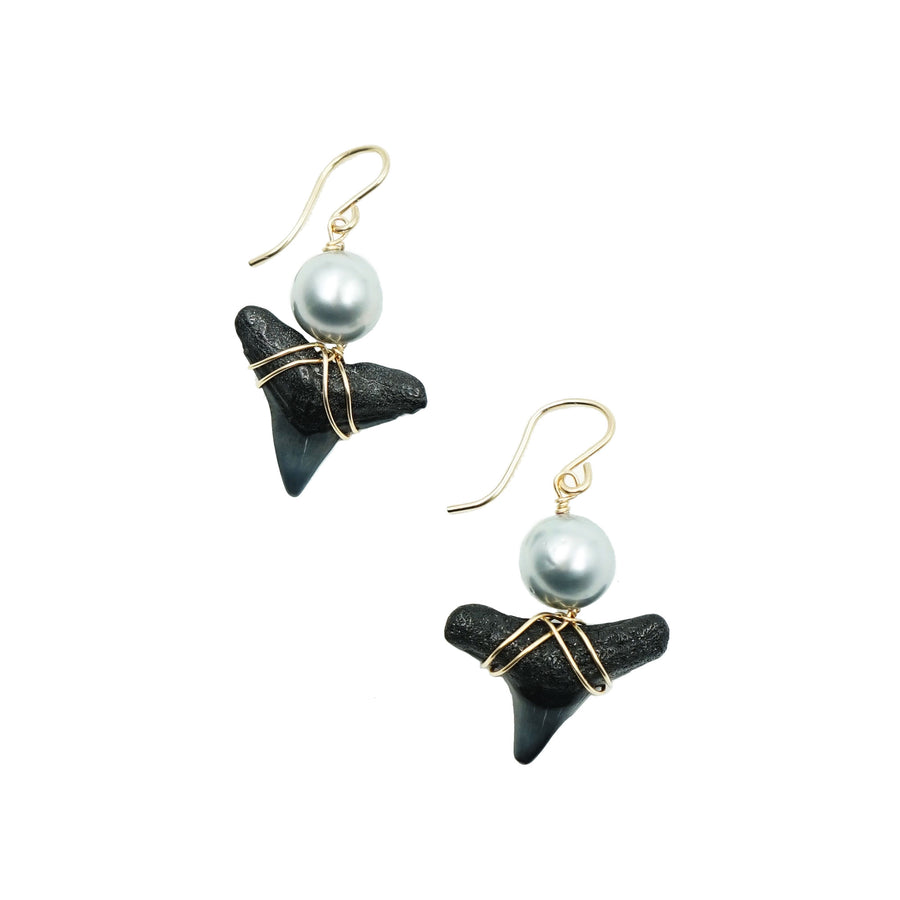 Pealgic Time Traveler 10mm Round Pearl Earrings by Kamoka