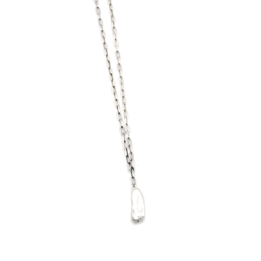 Silver Box Chain Pearl Necklace by Minoux