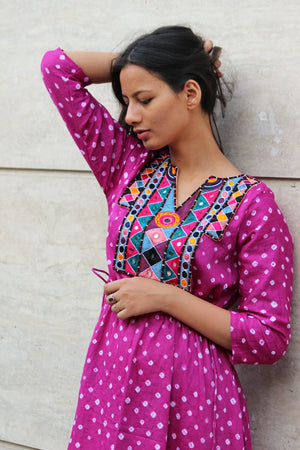 Handcrafted Mirror Work Drawstring Kaftan in Magenta Bandhani