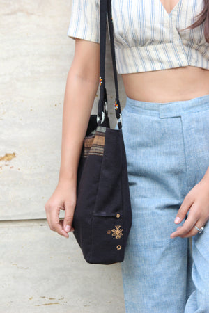 Hobo Bold Black Shoulder Bag