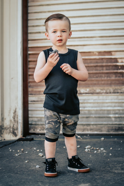 Solid Black Rib Basic Tank